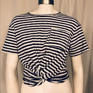 Olivaceous striped top